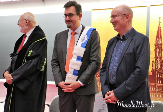 Honoris Causa (113)